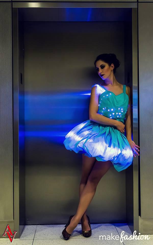 Pilcrow smart clothing LEDs