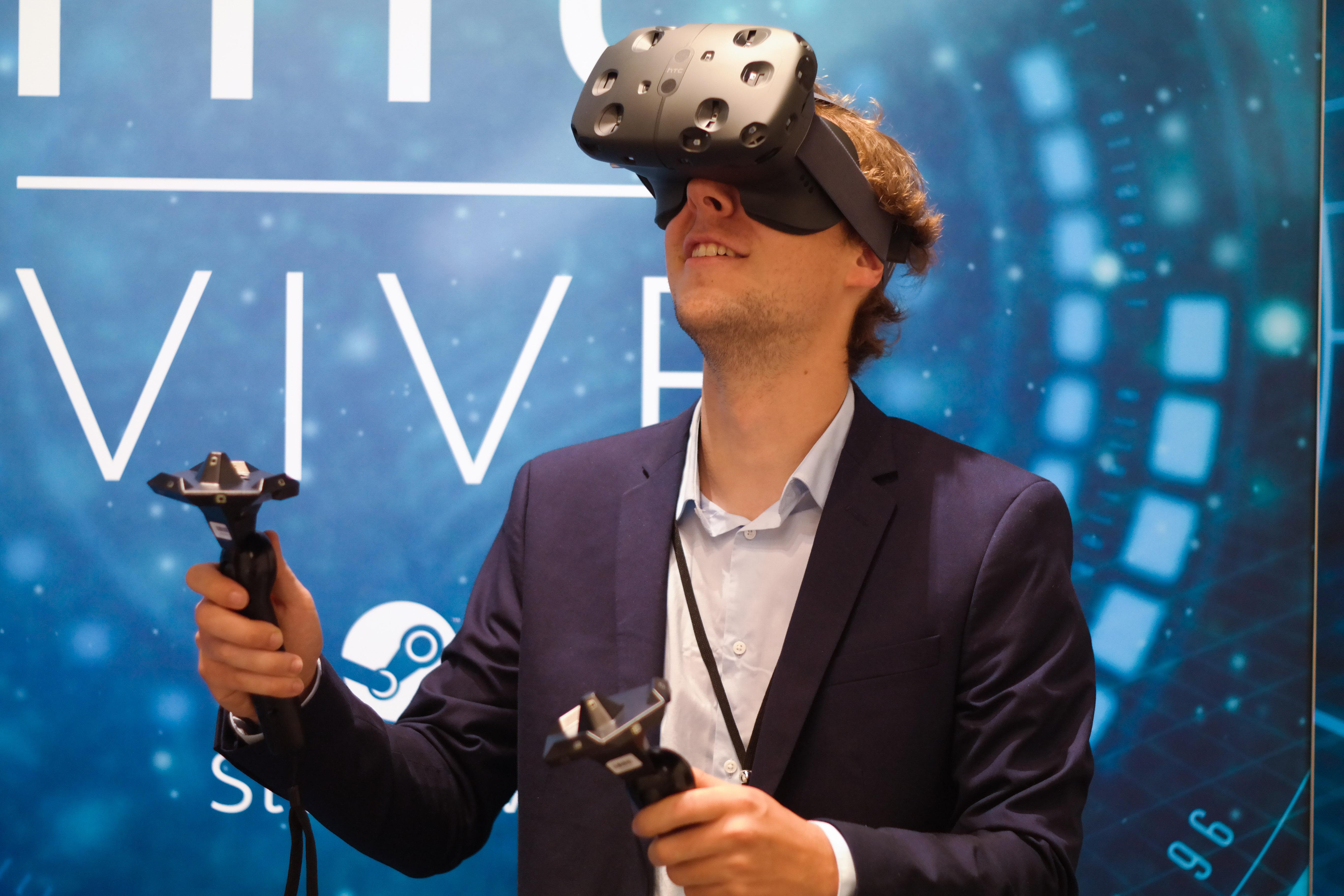 Pilcrow SAM VR