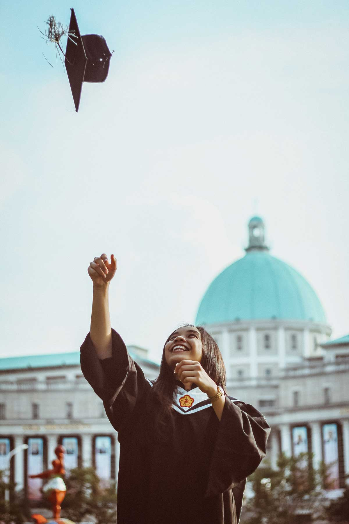 college admissions graduation