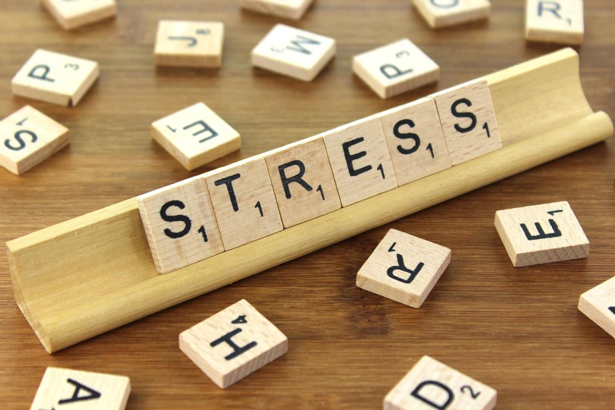 Lingering negative responses to stress linked with health a decade later