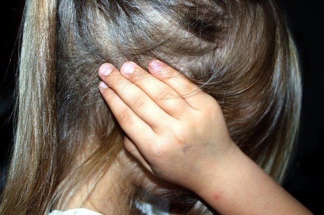 Experiencing childhood trauma makes body and brain age faster