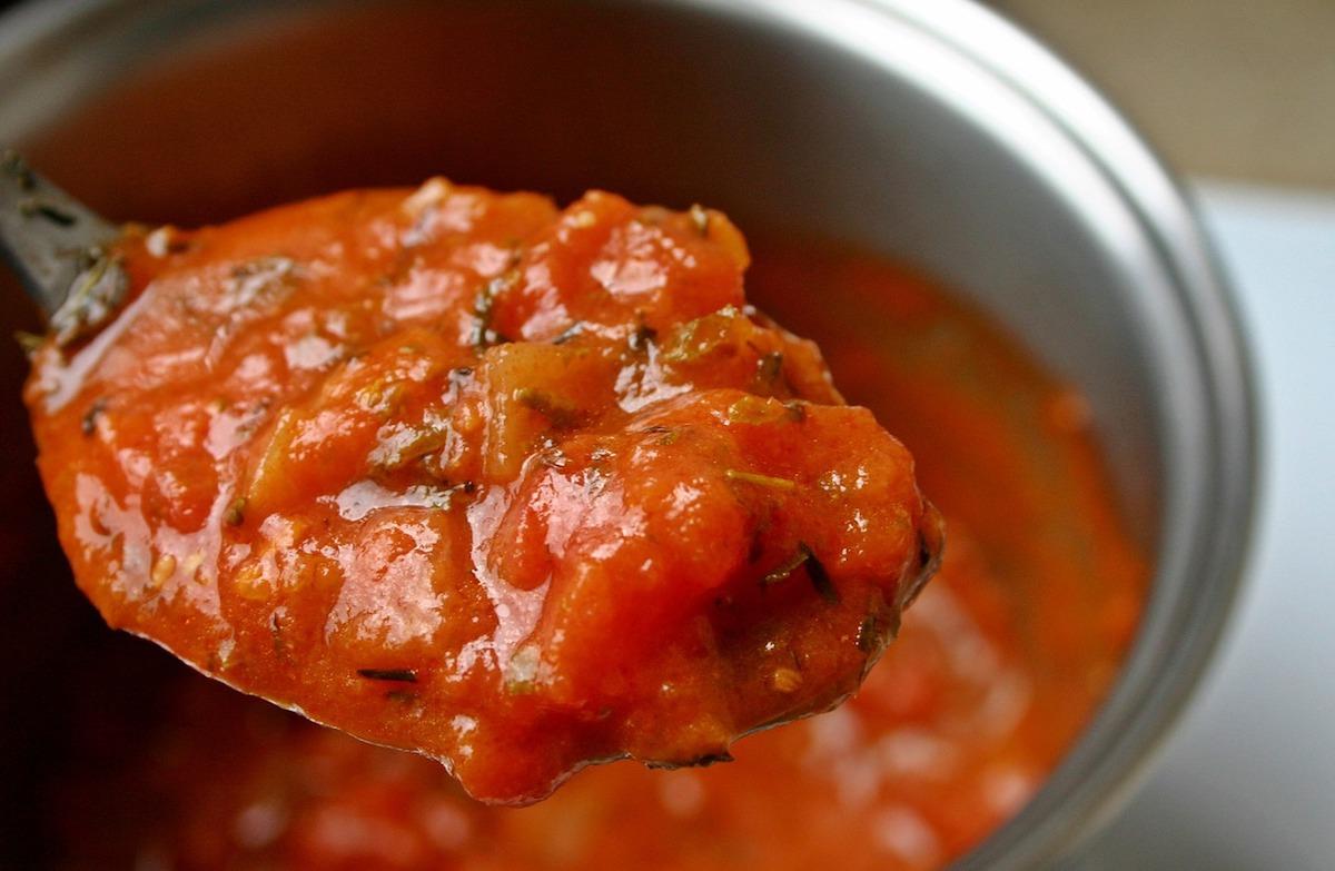 Homemade Italian Tomato Sauce (Paleo, Vegan)