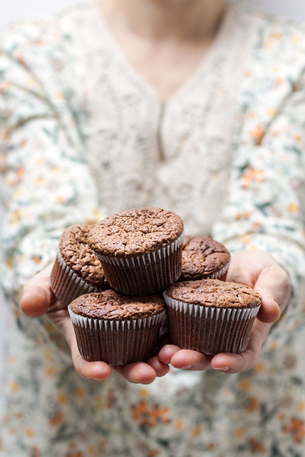 "Chocolate ""Nutella"" Cupcakes With Hidden Veggies (Paleo)"