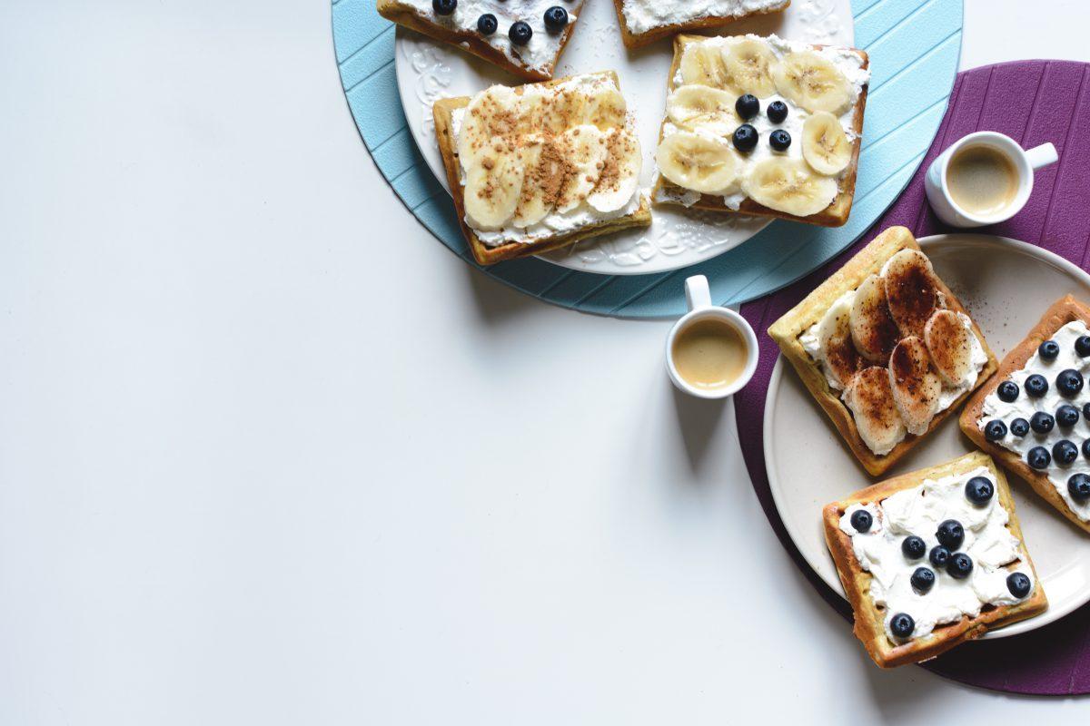 Flourless Waffles (Paleo, Keto)