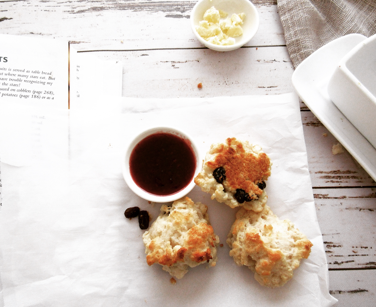 Cream Scones with Currants (Paleo)