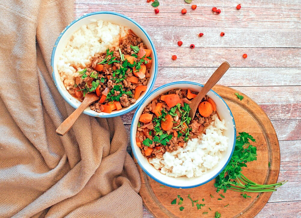 Paleo Instant Pot Chilli Dog Bowls
