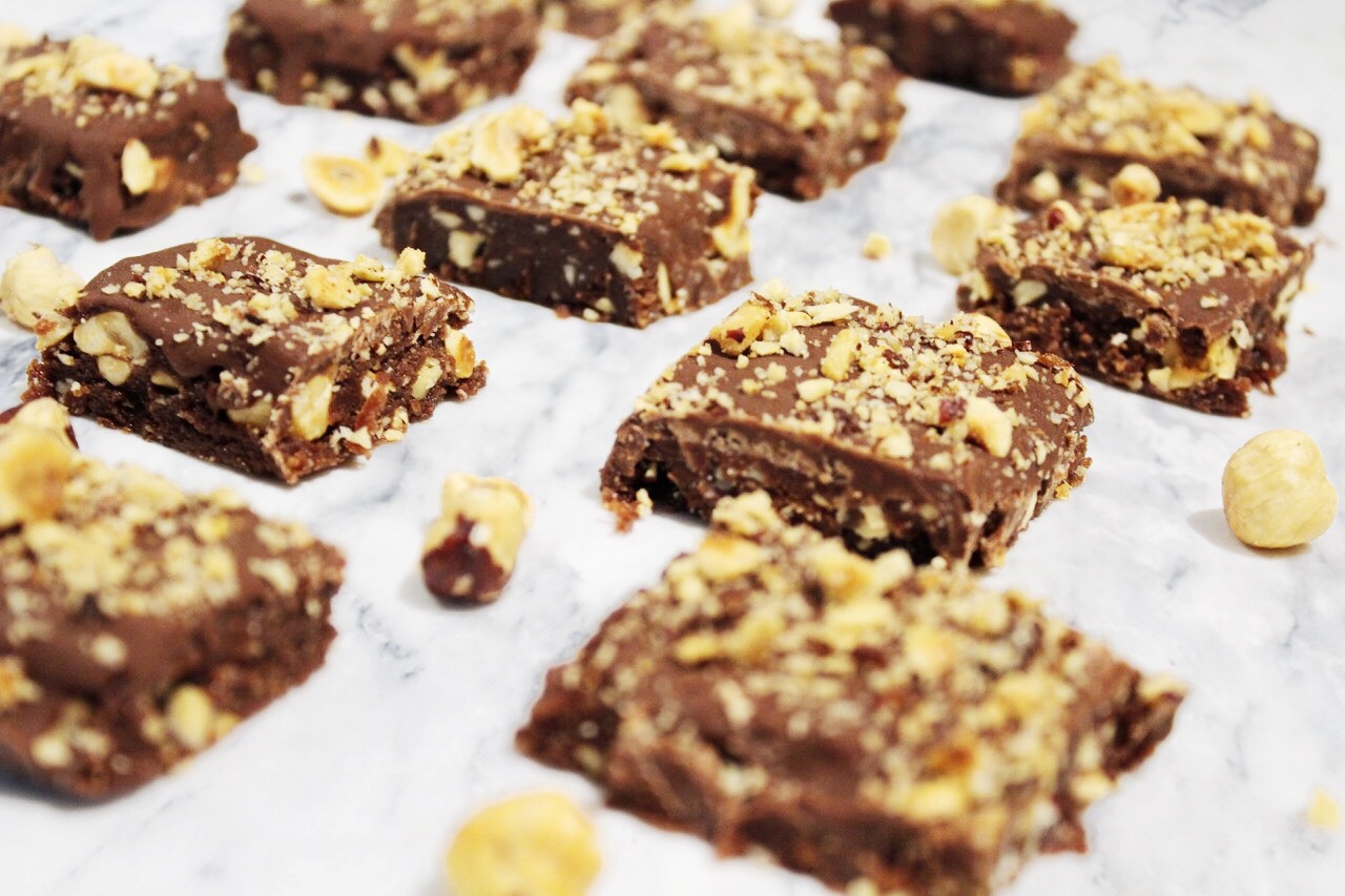 Paleo + Keto Nutella Crunch Squares