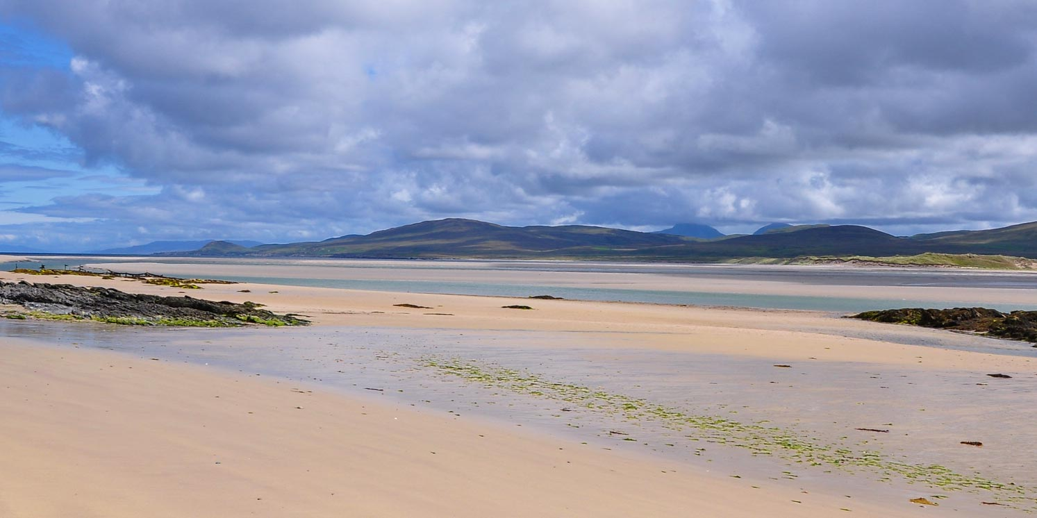 Islay - Queen of the Hebrides: beautiful scenery, unspoiled beaches. Original image courtesy Benoit Plumat