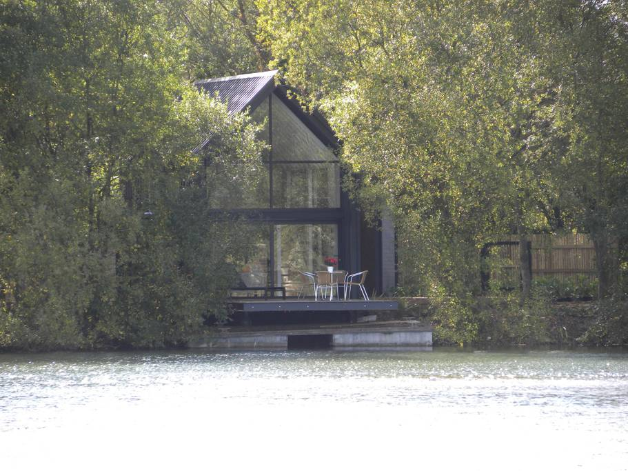 Waterilly Lodge - Little Horseshoe Lake
