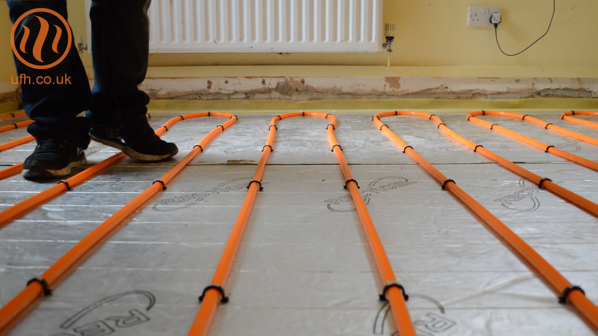 Underfloor heating videos underfloor heating insulation over slab with superflex install asfbconference2016 Images