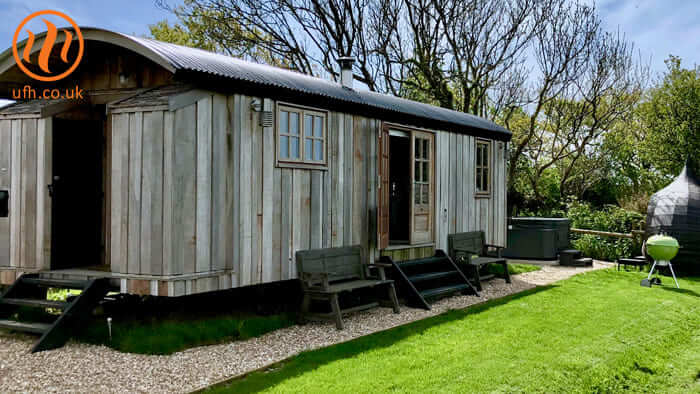 A client was installing some new shepherds' huts at a holiday complex. Underfloor heating would be the ideal solution, as we'd be able to get warm water underfloor heating pipe across the entire floor space.