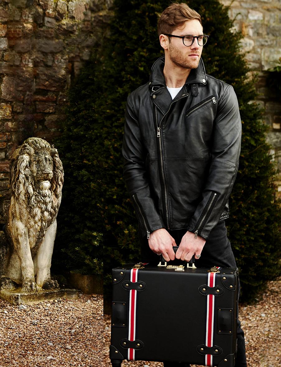 HeyChesto suitcase