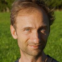 Dr. Frederic Holzwarth