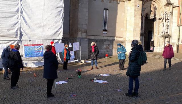 Würdekompass Mittelhessen fordert Haltung: Stopp sagen zu Gewalt gegen Frauen
