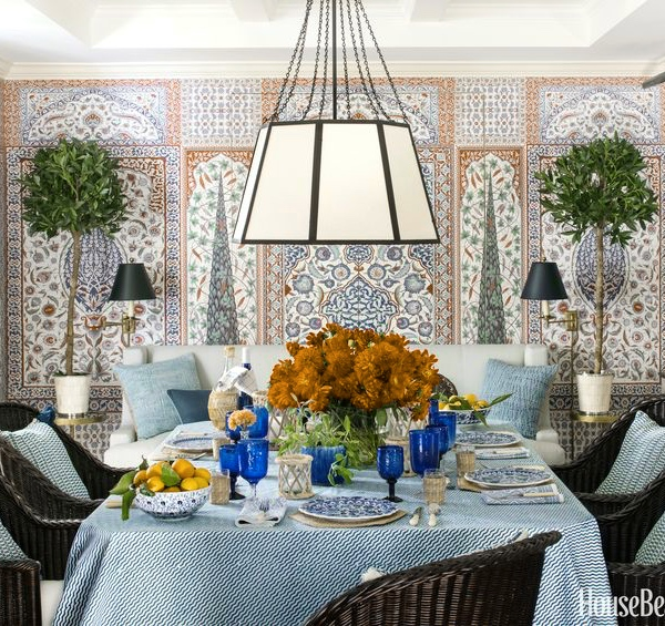 Dining room by Mark D. Sikes, featured in House Beautiful.