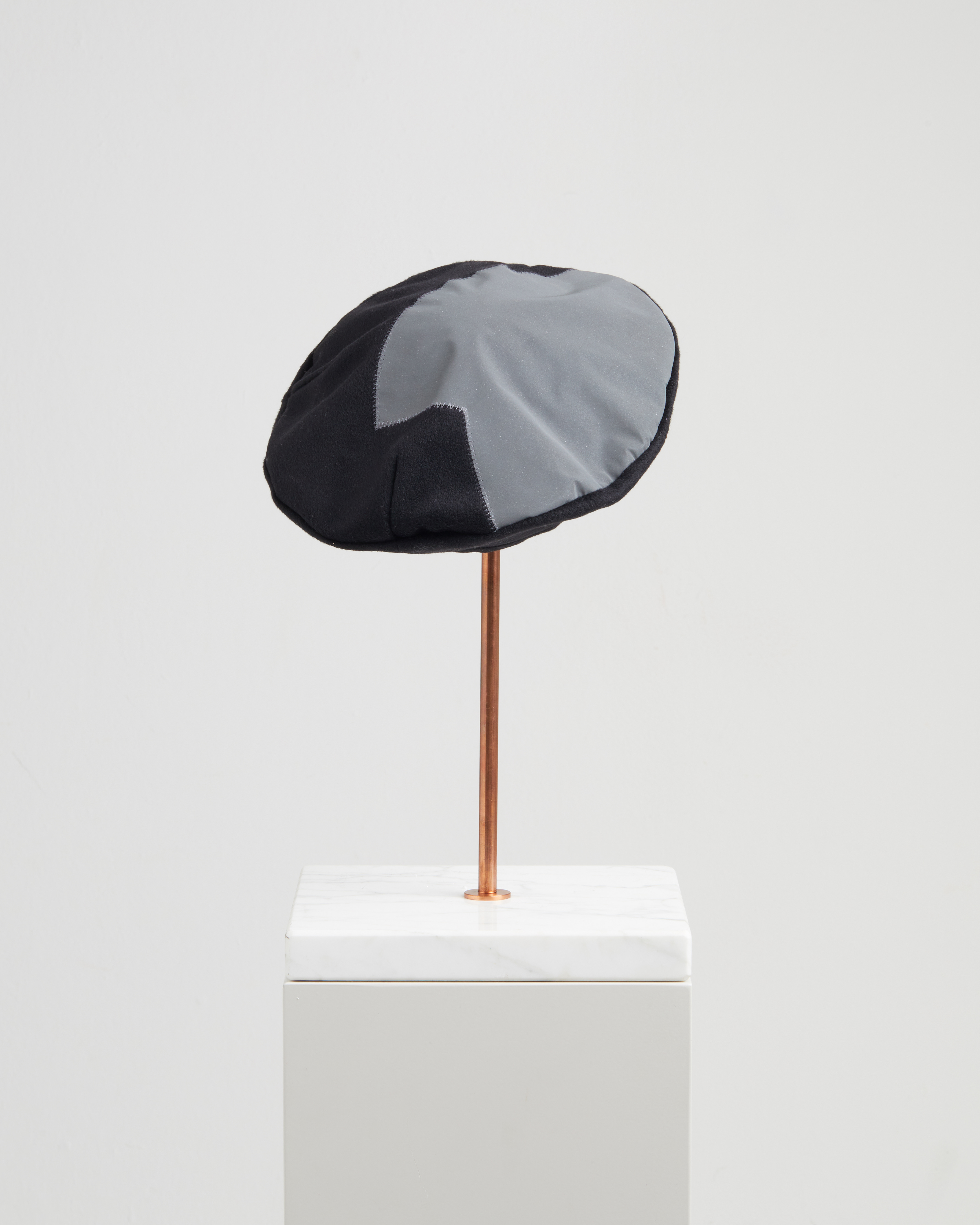 CALIPSO HAT REFLECTIVE BLACK