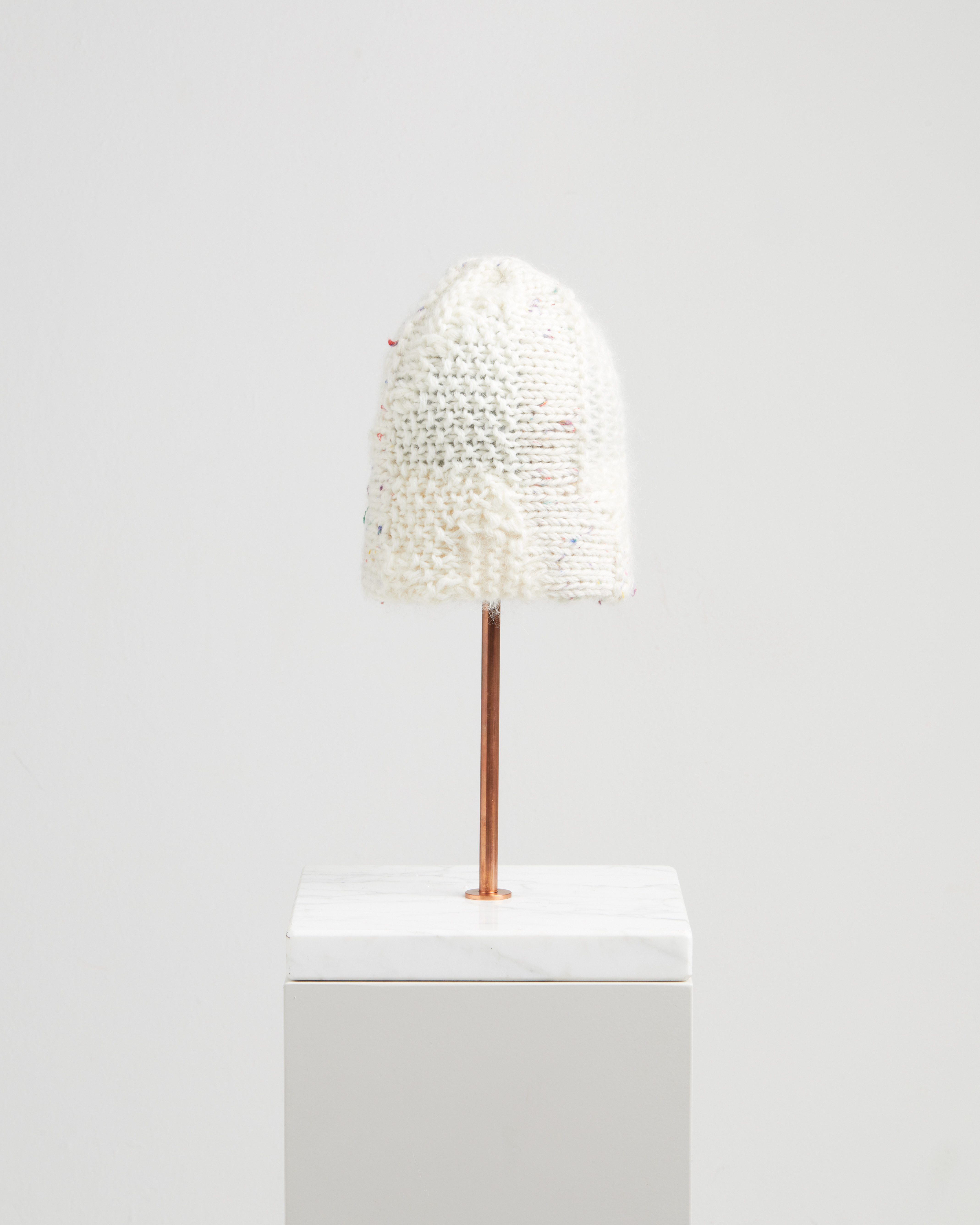 OMEGA HAT KNITWEAR WHITE