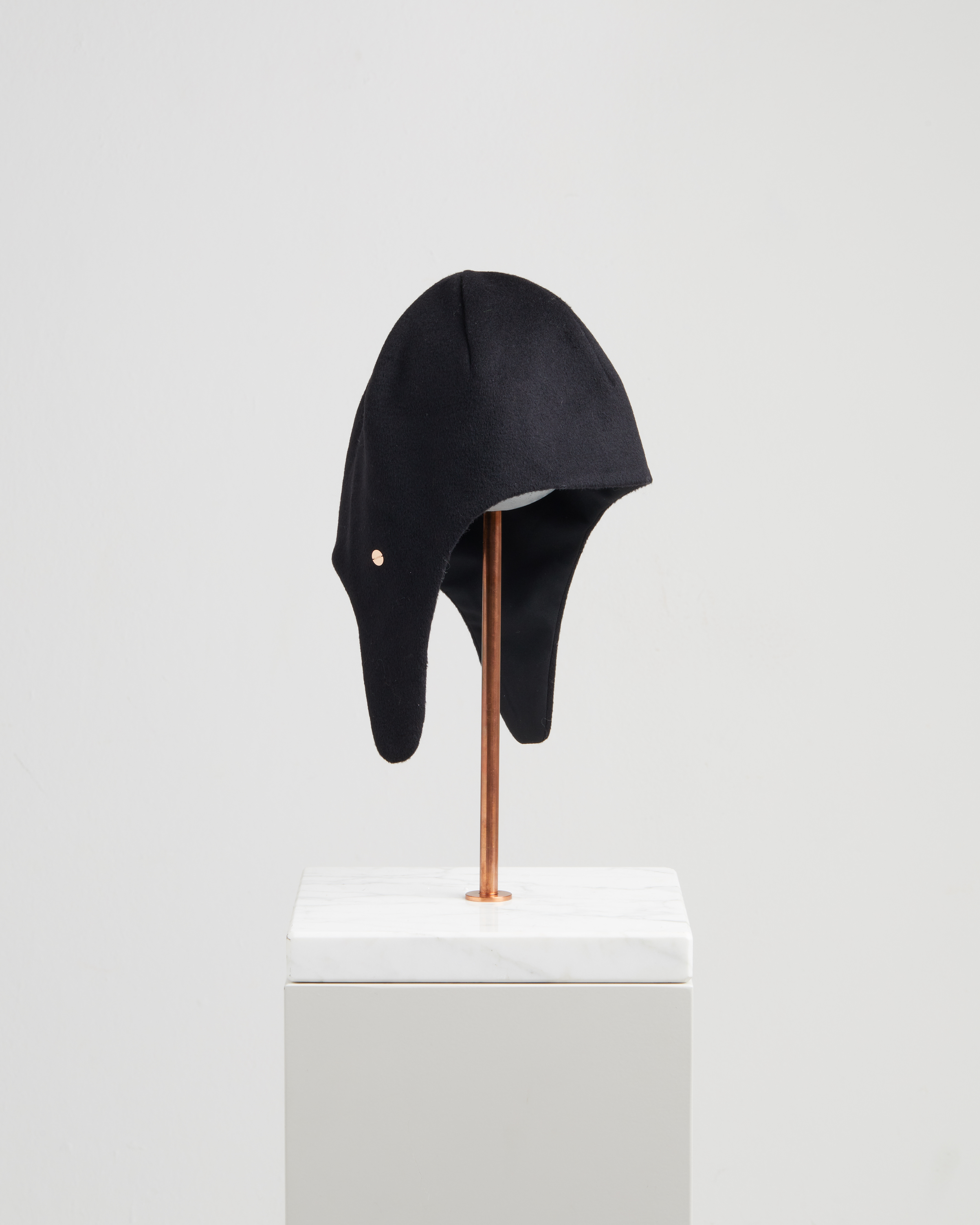 GIOVANNA HAT REFLECTIVE BLACK