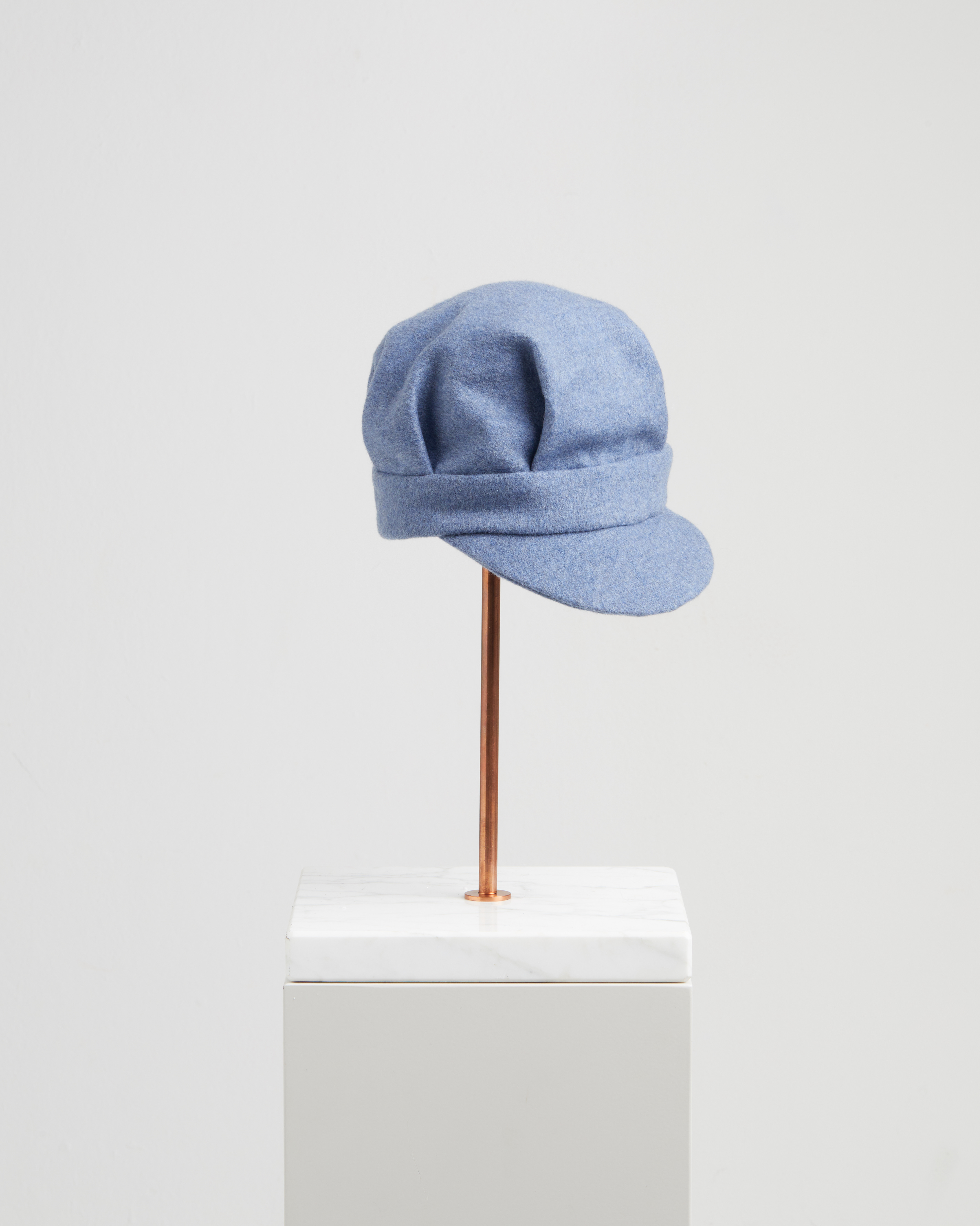 SARA HAT LIGHT BLUE