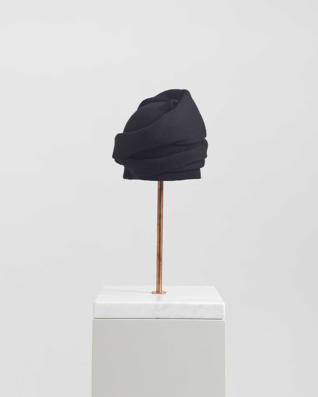 ATENA HAT BLACK