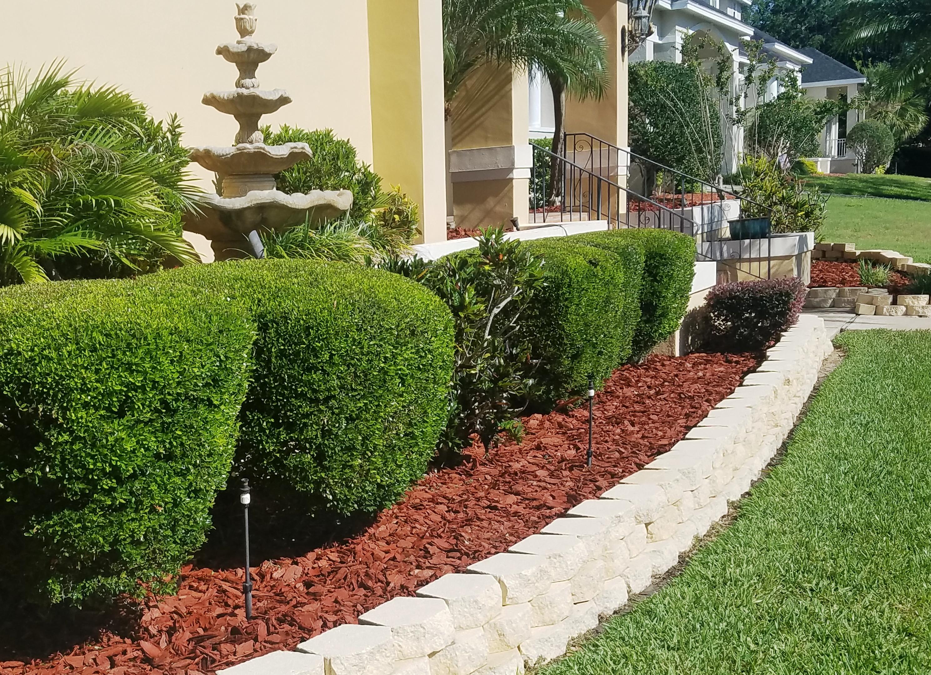 Mulch installation in Auburndale, Lakeland & Winter Haven, Florida