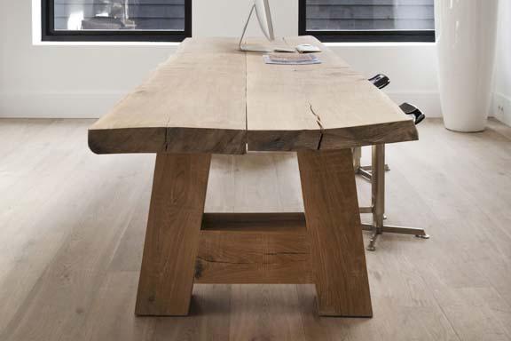 Massief houten eettafel