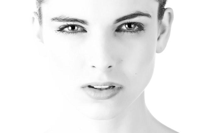 reflexologia-facial-e-no-omega4