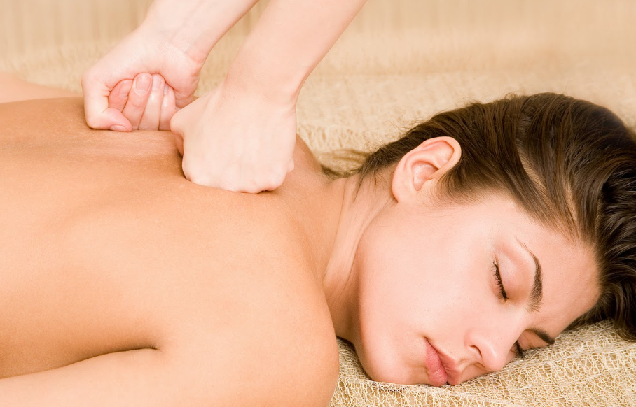 A massagem terapêutica tem a capacidade de diminuir a insônia?