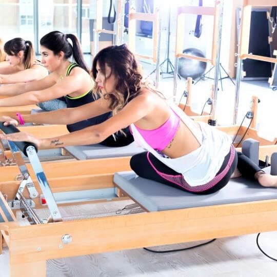 como-funciona-uma-aula-de-pilates