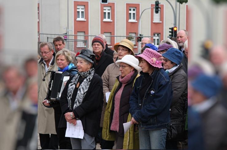 1. Bauabschnitt des Frauenwohnprojektes an der Grevener Straße feiert Richtfest