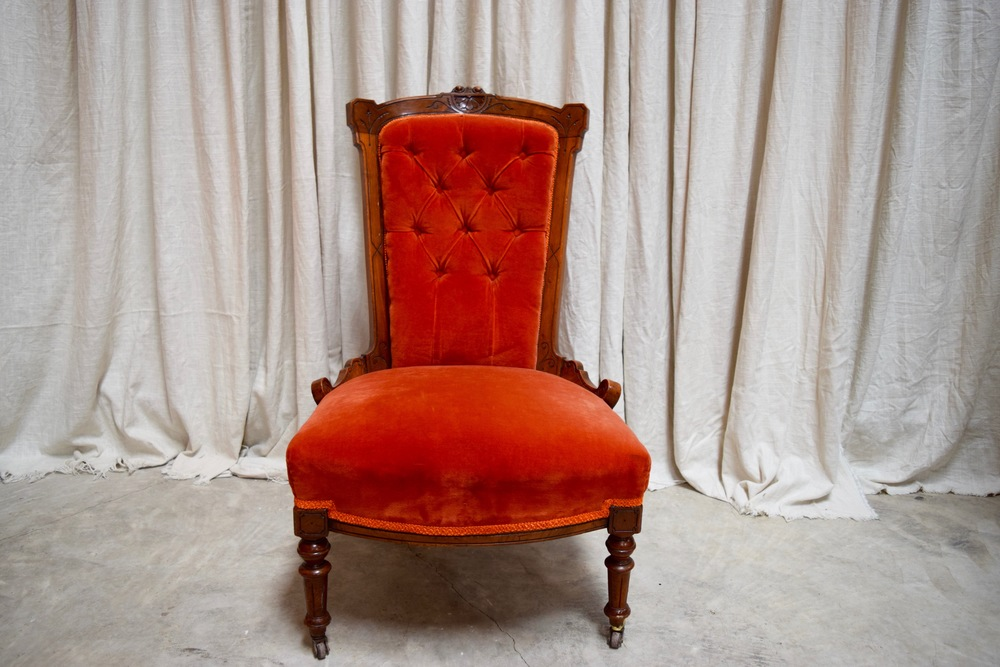 Merveilleux Red Chair