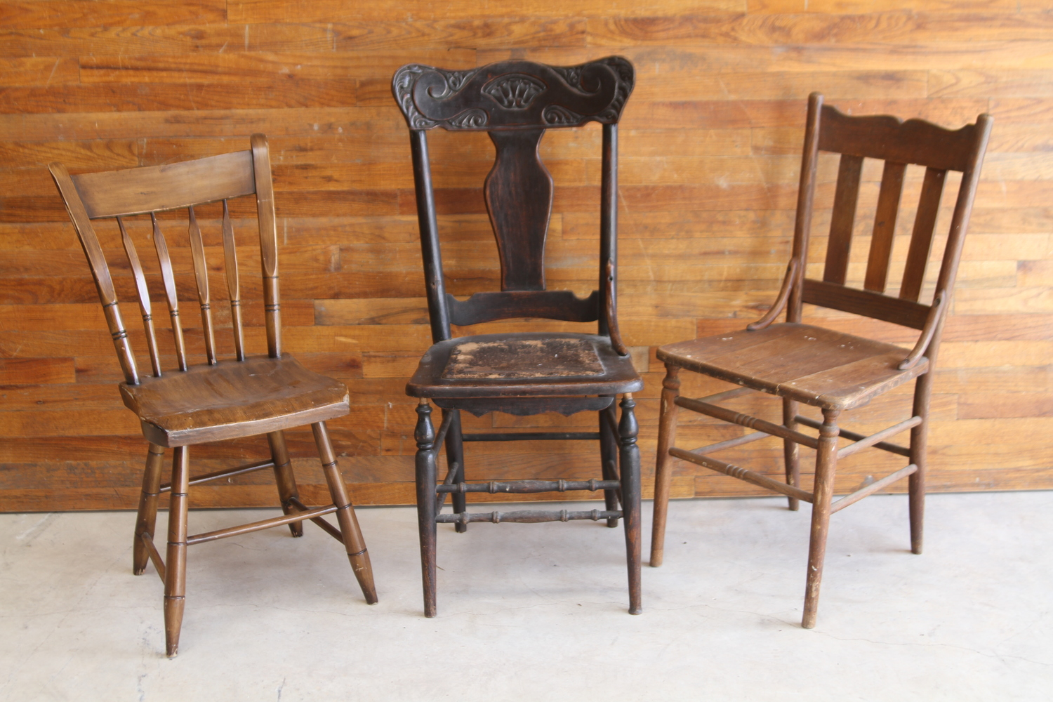Are You Looking For Traditional White Wedding Chairs Or Even Mix Matched Wooden Event Ceremony We Have Hundreds Of Both
