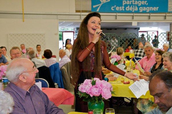 """""""Repas annuel dansant et participation du public"""" mairie de Noiseau (94)"""