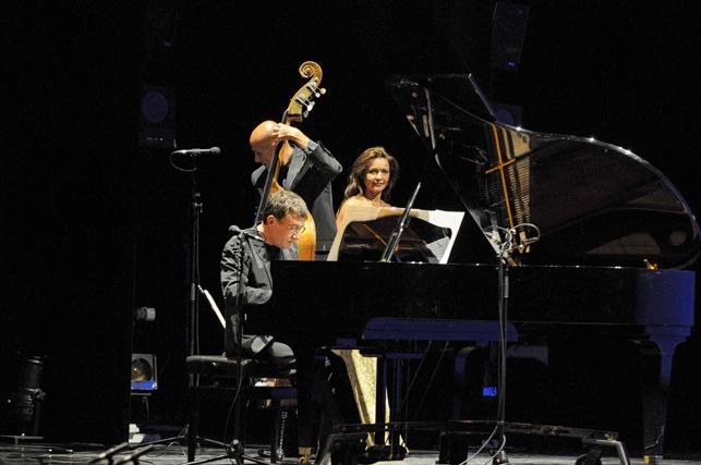 Soirée évènementielle OPERA de MASSY 2009 - Pianiste Jacky Delance -contrebassiste Pascal Sarton.