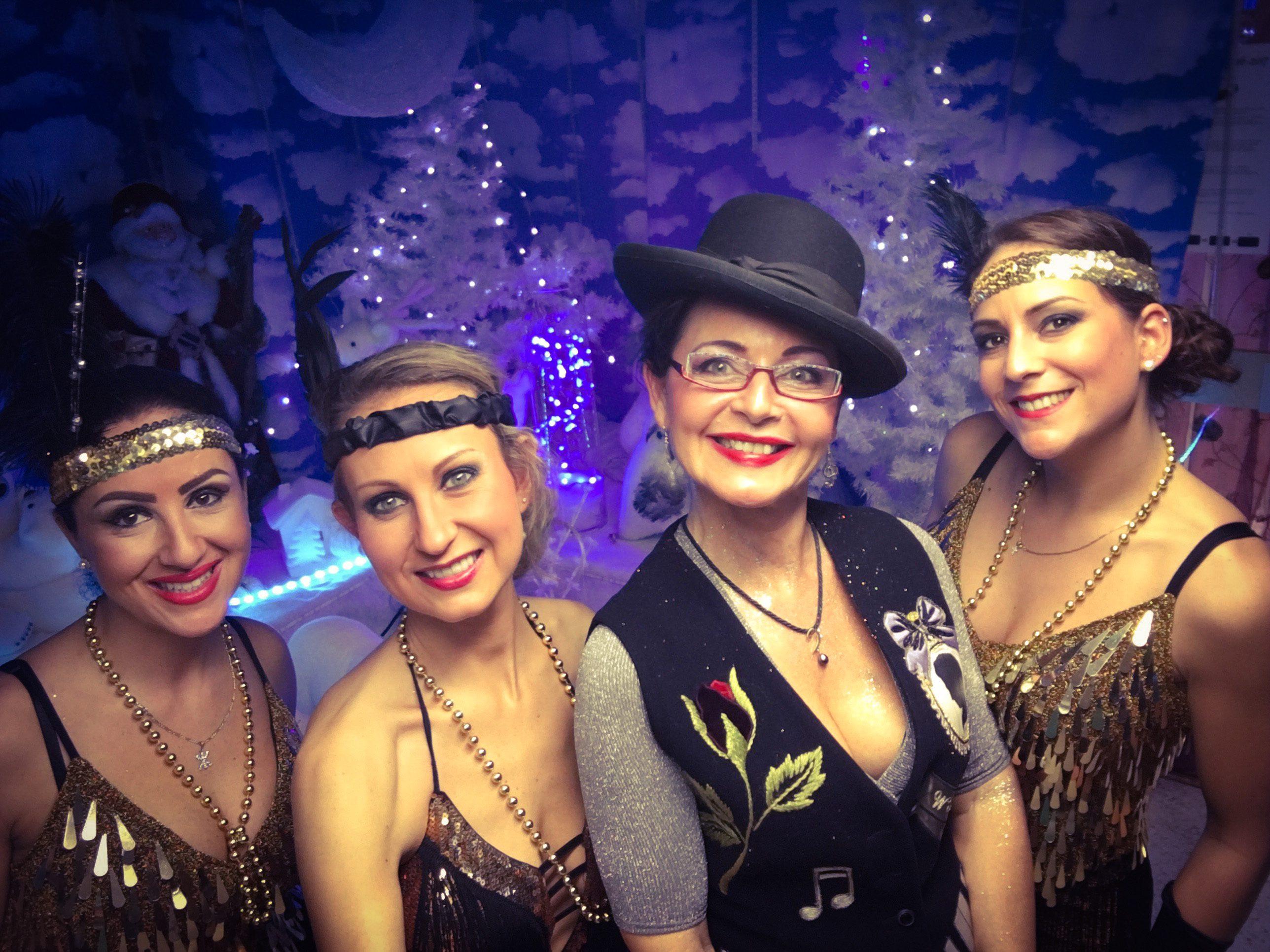 spectacle cabaret Diamond Pearl fêtes de Noël
