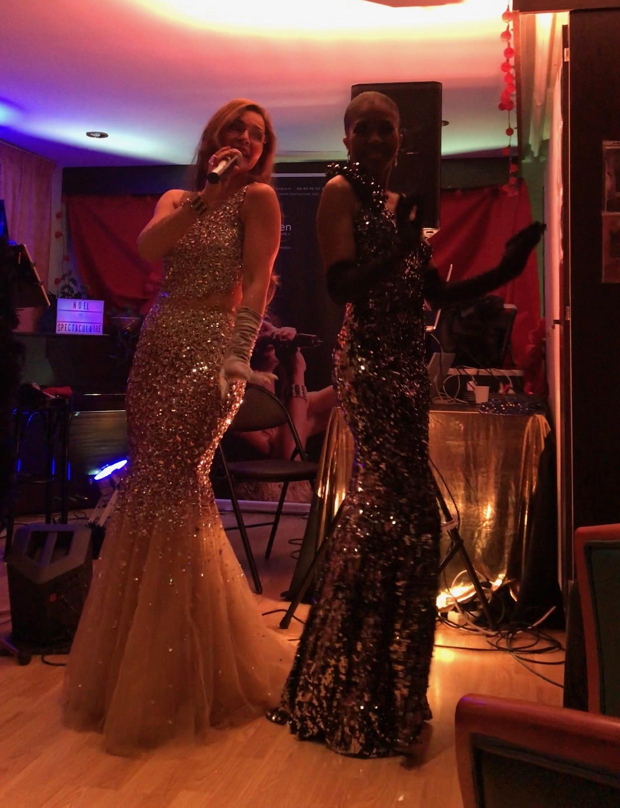"""Prestation """"Jazzy"""" avec Marie Laure, danseuse. Club Maurice Chevalier Paris 20ème"""