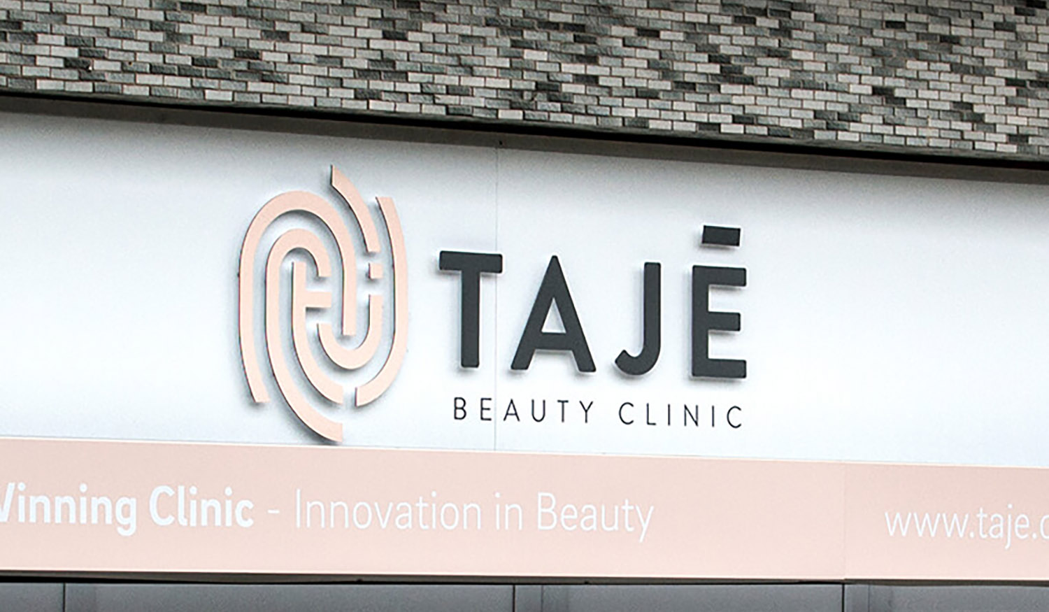 shop front signage design for beauty salon
