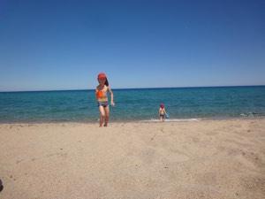 Kemp Les Eucalyptes je hned na pláži
