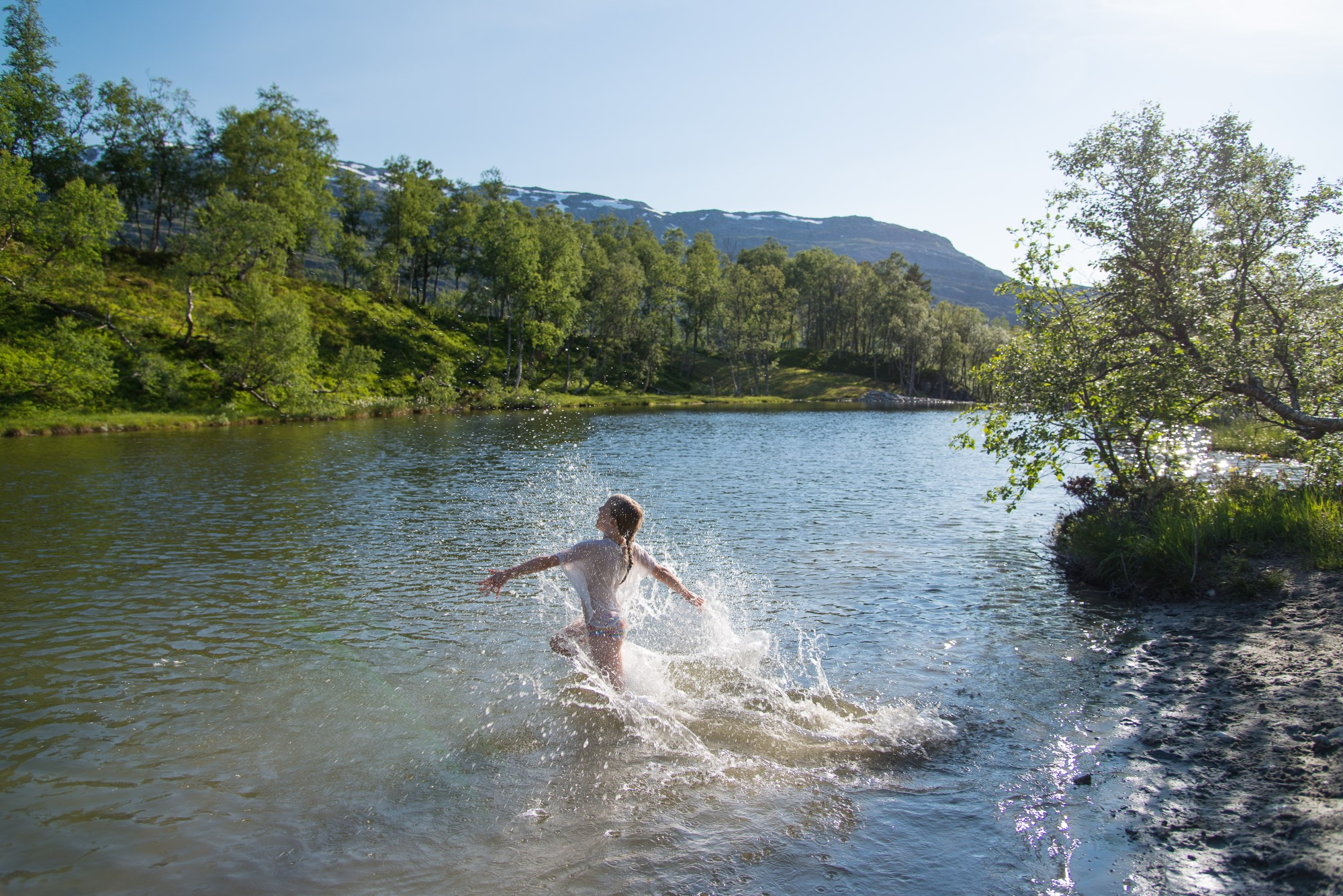 Picture of swimming in Suldal