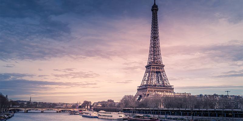 La Tour Eiffel sur la Seine, Paris