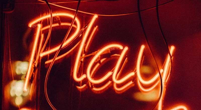 Play neon sign memory games Kumbu