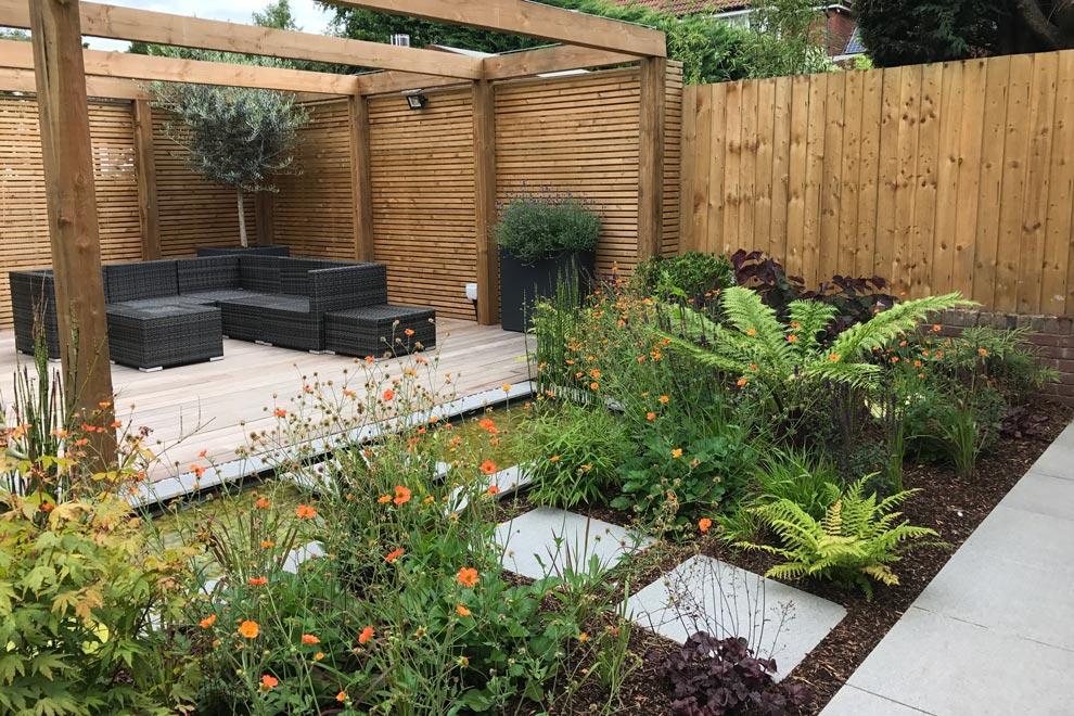 Contemporary style garden, Radlett