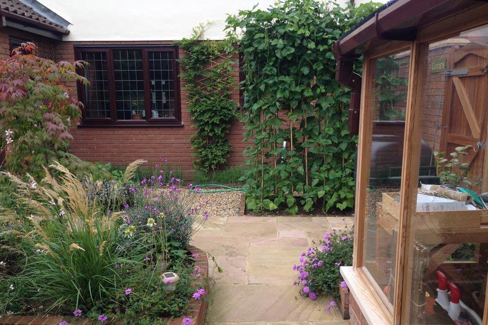 Small town garden, Stevenage