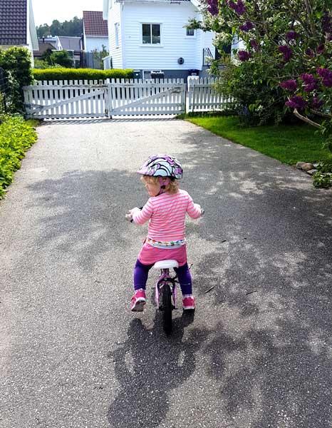 Amanda på sykkeltur