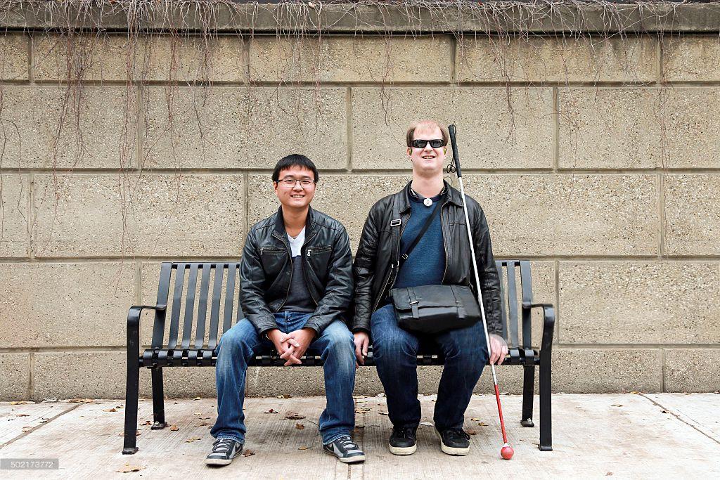 Nous avons réalisé une étude montrant le regard que portent les Français sur le handicap visuel. Connaissez-vous les associations et aides techniques qui viennent en aide aux personnes déficientes visuelles ? Êtes-vous prêts à vous engager auprès d'une association qui oeuvre pour un monde plus accessible et inclusif ? Retours de l'étude ci joint :