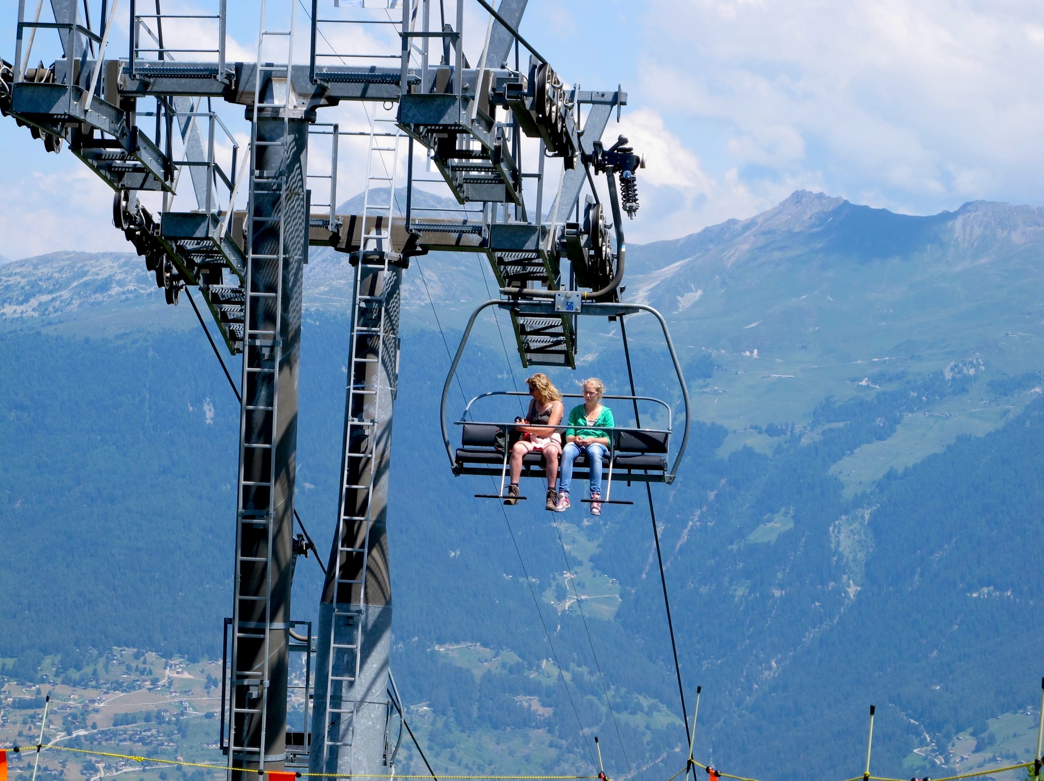 photo of trabanta chair lift les 4 vallees in summer