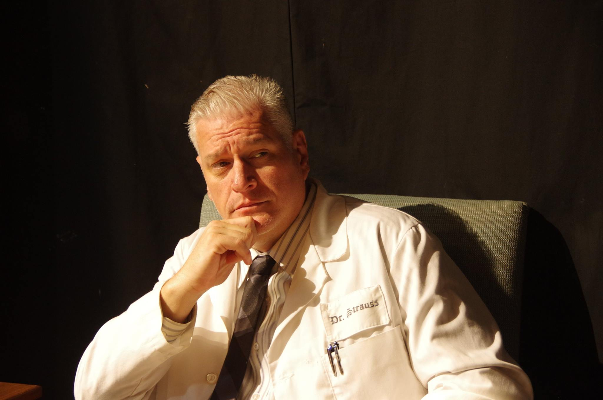 Lance Smith as Dr. Strauss