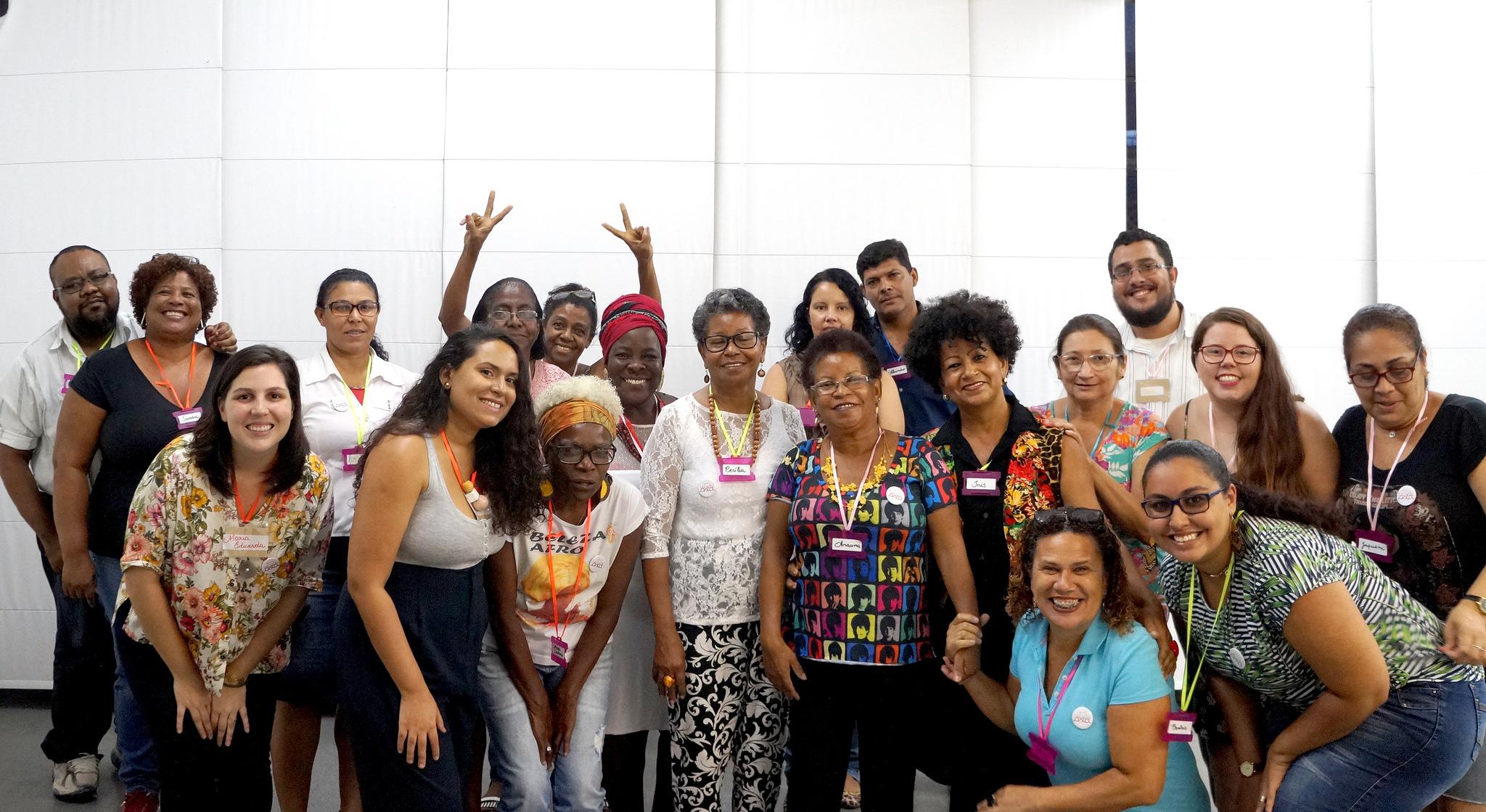 Artesãs e equipe da Rede Asta na primeira aula da Escola de Negócio das Artesãs da Rede Asta em parceria com a IF!