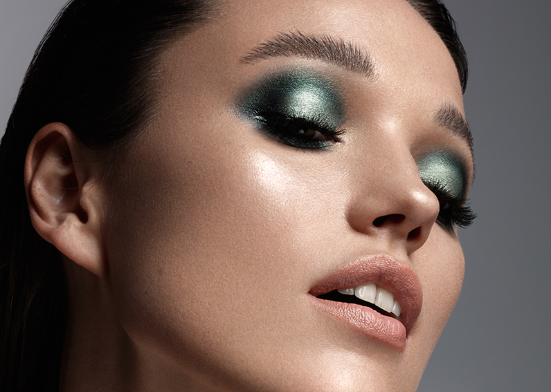 Professional Makeup Artist Course On Editorial Makeup
