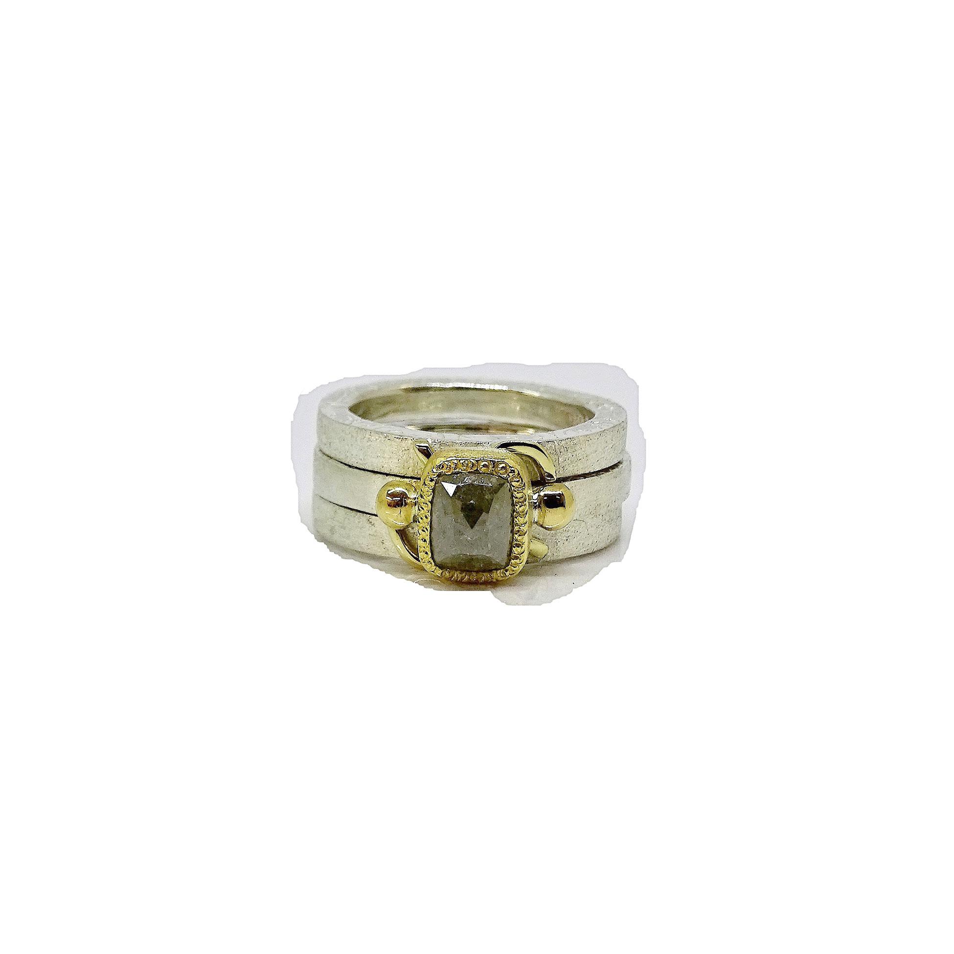 Three Ring Set NU Goldsmith